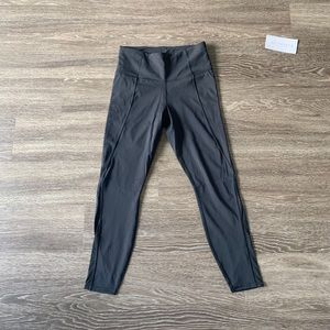 Athleta Lightning 7/8 Tight